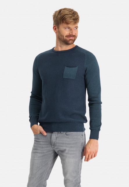 Pull-en-coton-à-poche-poitrine