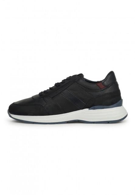 Sneakers-en-cuir