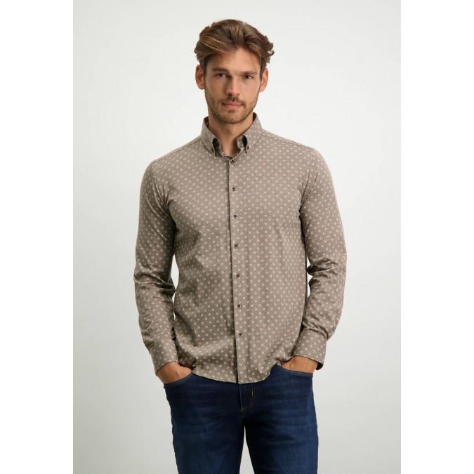 Katoenen-overhemd-met-all-overprint---cognac/wit